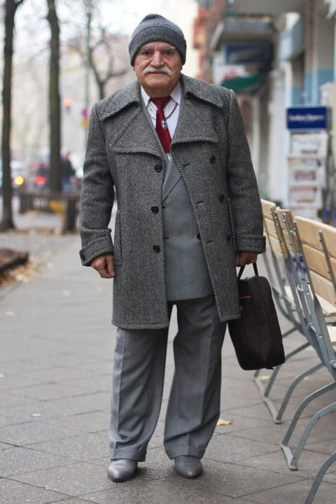 83-year-old-tailor-different-suit-every-day-1